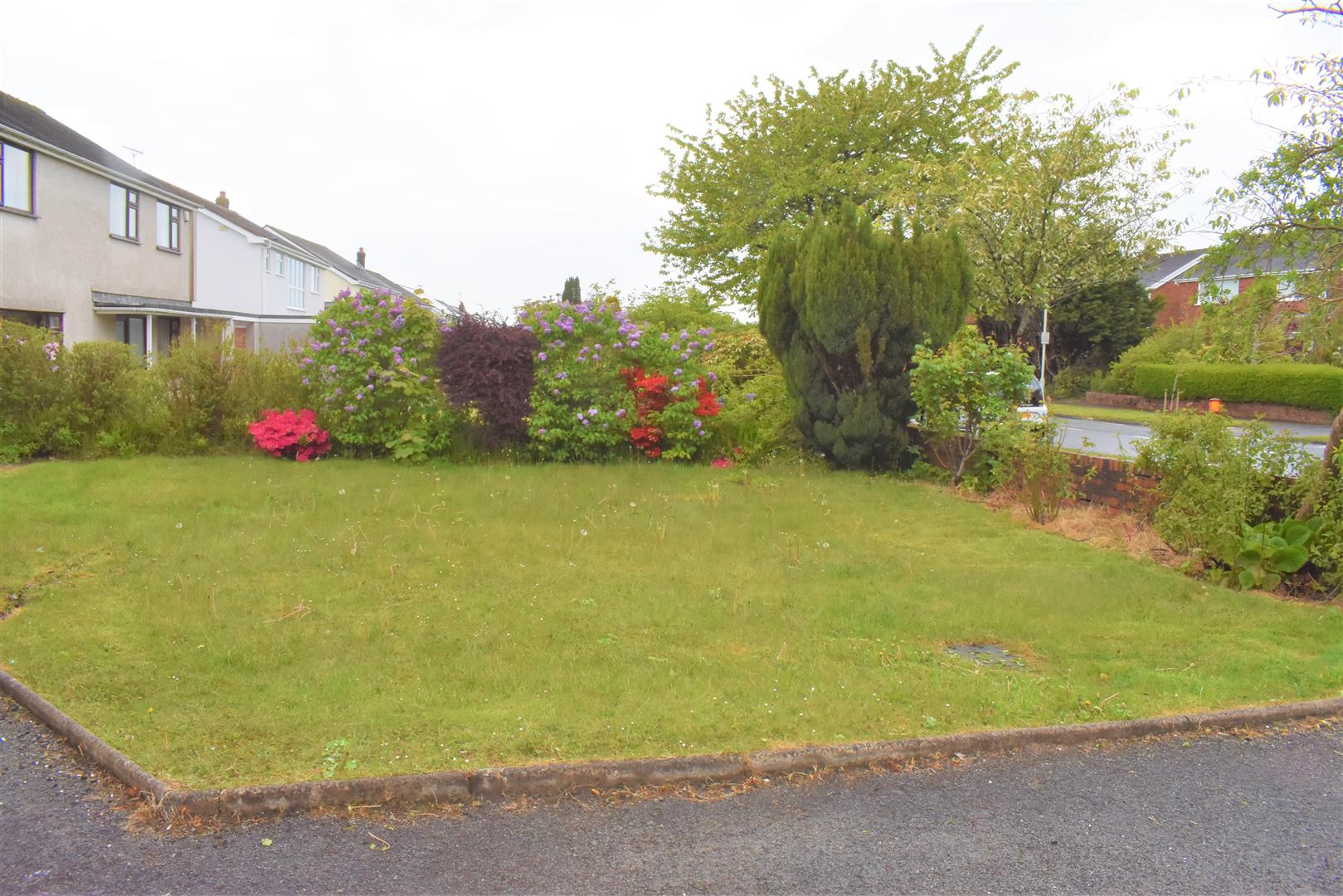 Rhyd-Y-Defaid Drive, Sketty, Swansea